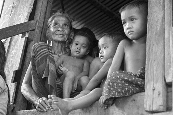 Краят на света Cambodia-11
